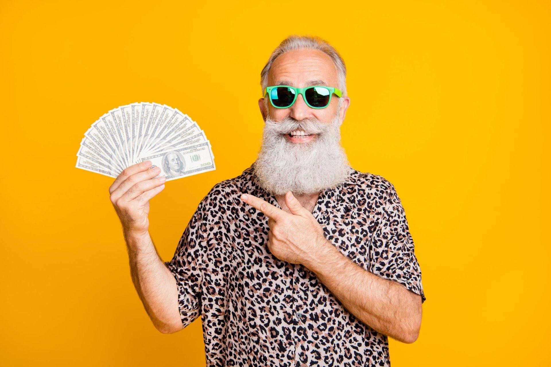 Senior holding cash