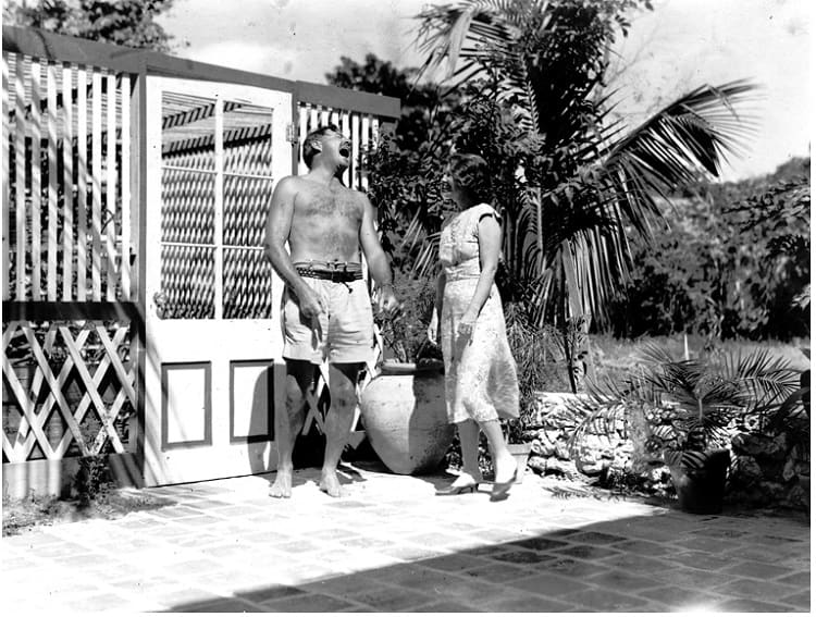 Hemingway next to the pool of his house in Key West.